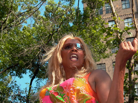 RuPaul at Gay Pride Parade (Arnow photo)