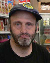 Lenny Dauber is a familiar face around the far east end of the Lower East Side. He delivers groceries for the East Side Kosher Dairy Supermarket. (Arnow photo)