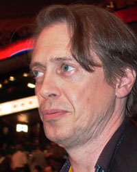 Actor Steve Buscemi. A former New York City firefighter, he has spoken up for labor at rallies. Here he's at the 2004 Democratic convention. (Arnow photo)
